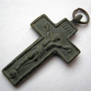 corps croix vieux millésime antique