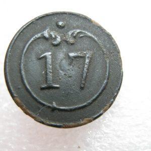 petit bouton en laiton antique 17 régiment guerre napoléonienne 1812