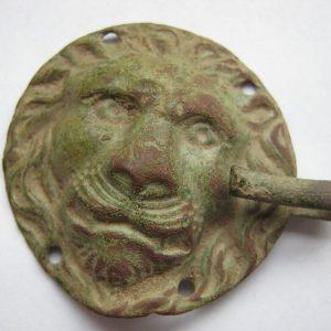 lion face clasp