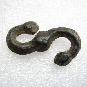 Antique primitivo serpente connettore pugnale appendiabiti