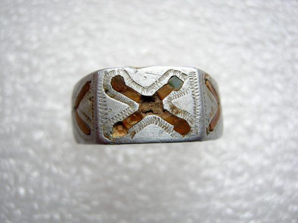 Thick strong aluminum ring. !00% original metal detecting find. Smorgon city.