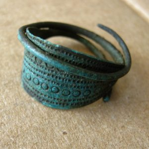 Ancient genuine Viking era ring. Found on Dnepr river bank. Awesome green patina,